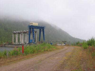Кумская ГЭС, вид от начала обносной дороги